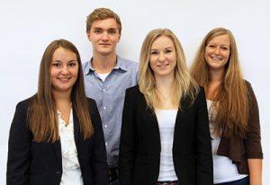Neue Auszubildende und Praktikantin beim TeDo Verlag Inka Bach, Moritz Klös, Melissa Enenkel, Ann-Christin Lölkes